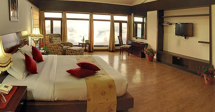 Cost of Destination Wedding in Shimla: A Deluxue Room of a 4* Property