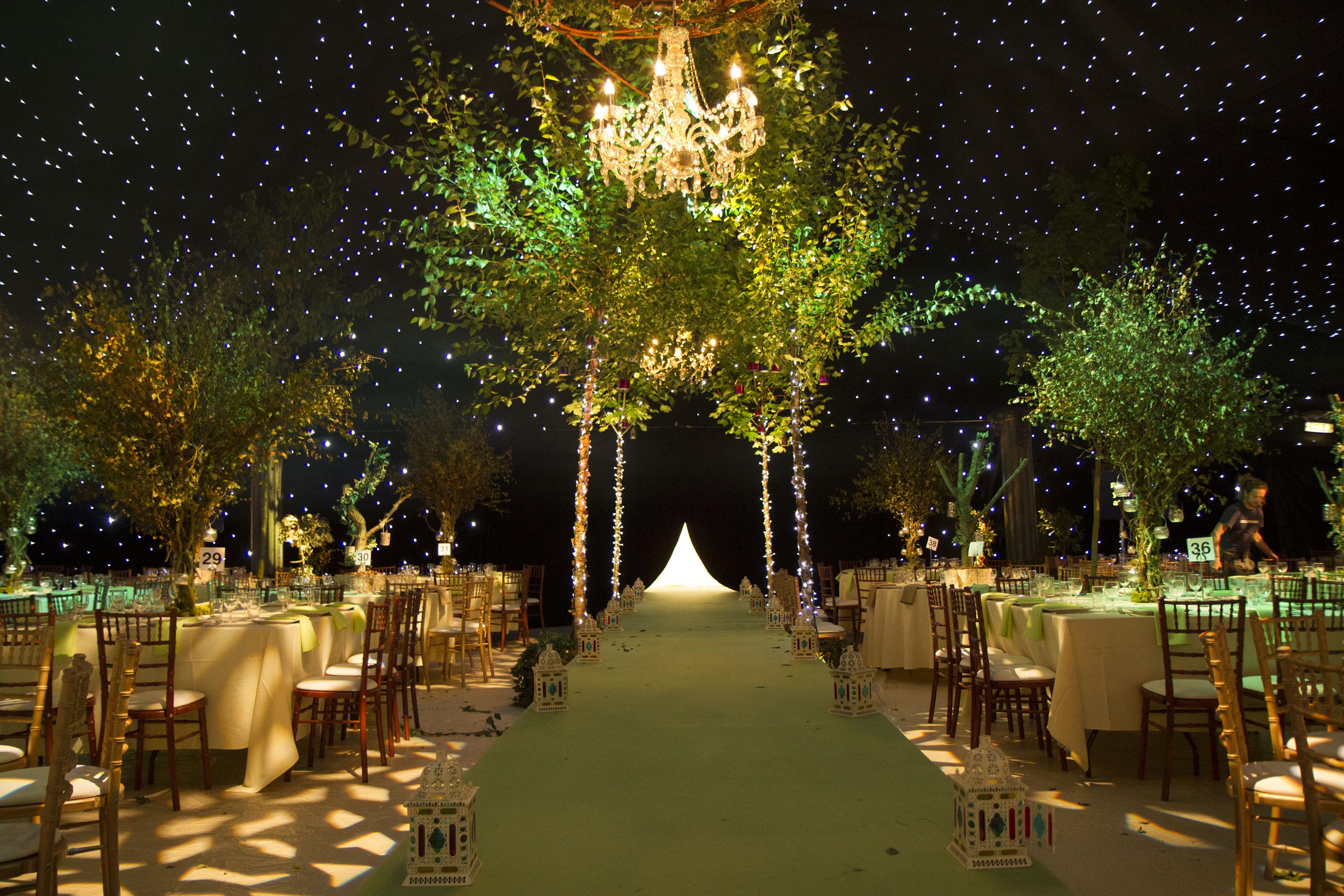 Offbeat Wedding DecorDestinationFood Wedding Planning