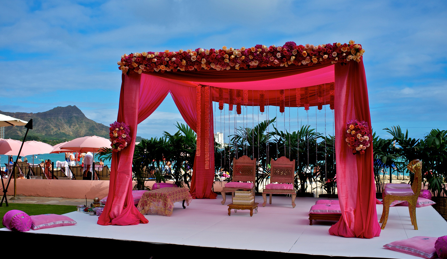 Debarati chowdhury diwas weddings events for Artificial flower decoration mandap